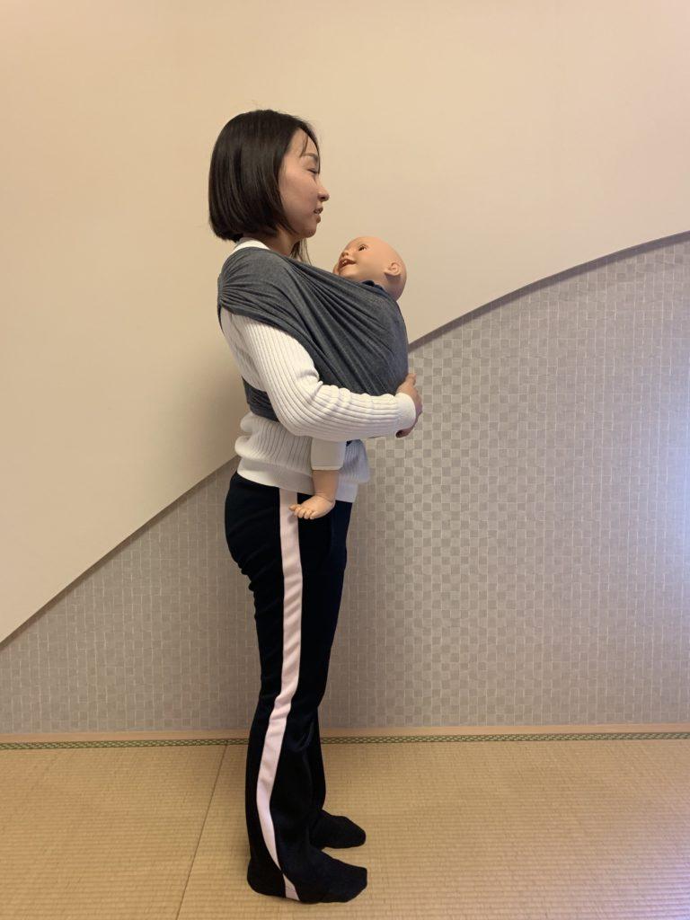 コニー抱っこ紐赤ちゃんの位置